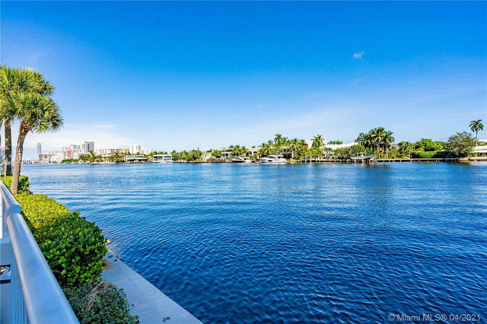Photo of 20281 Country Club Dr #M3, Aventura, Florida, 33180 -