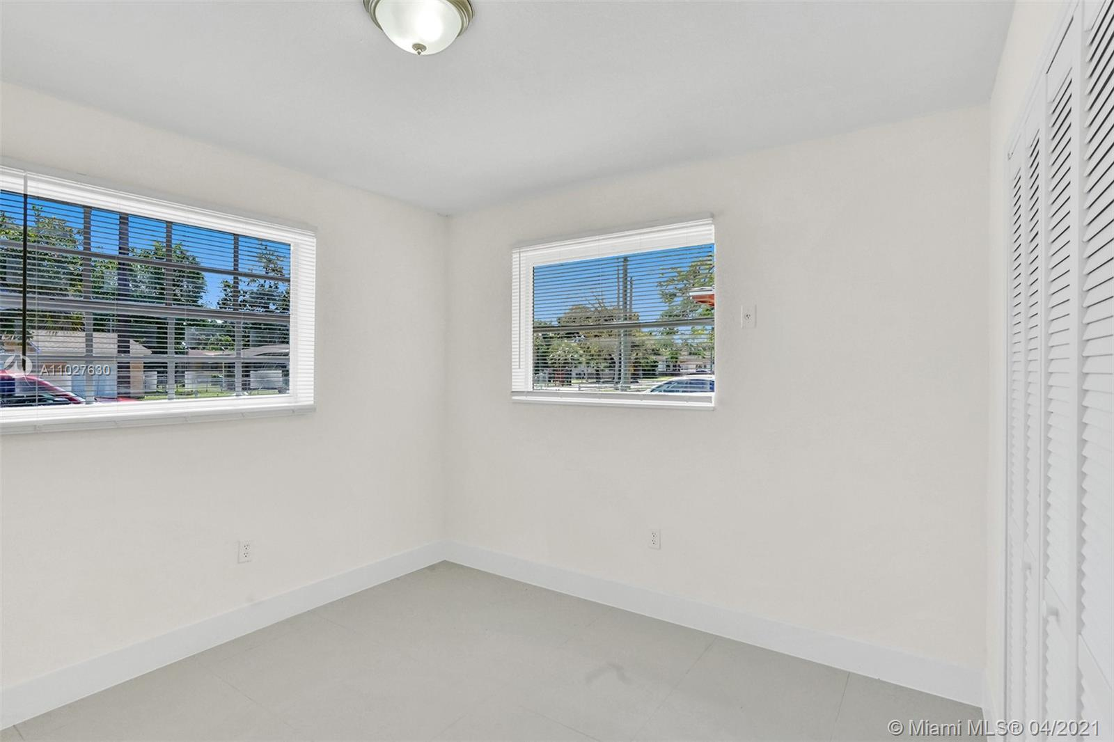 /  1572 sq. ft. $ 2021-04-15 0 Photo