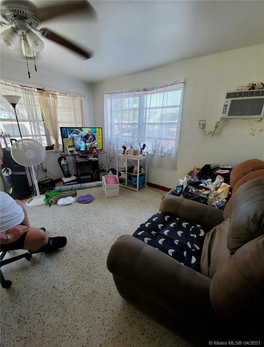 /  6720 sq. ft. $ 2021-04-20 0 Photo