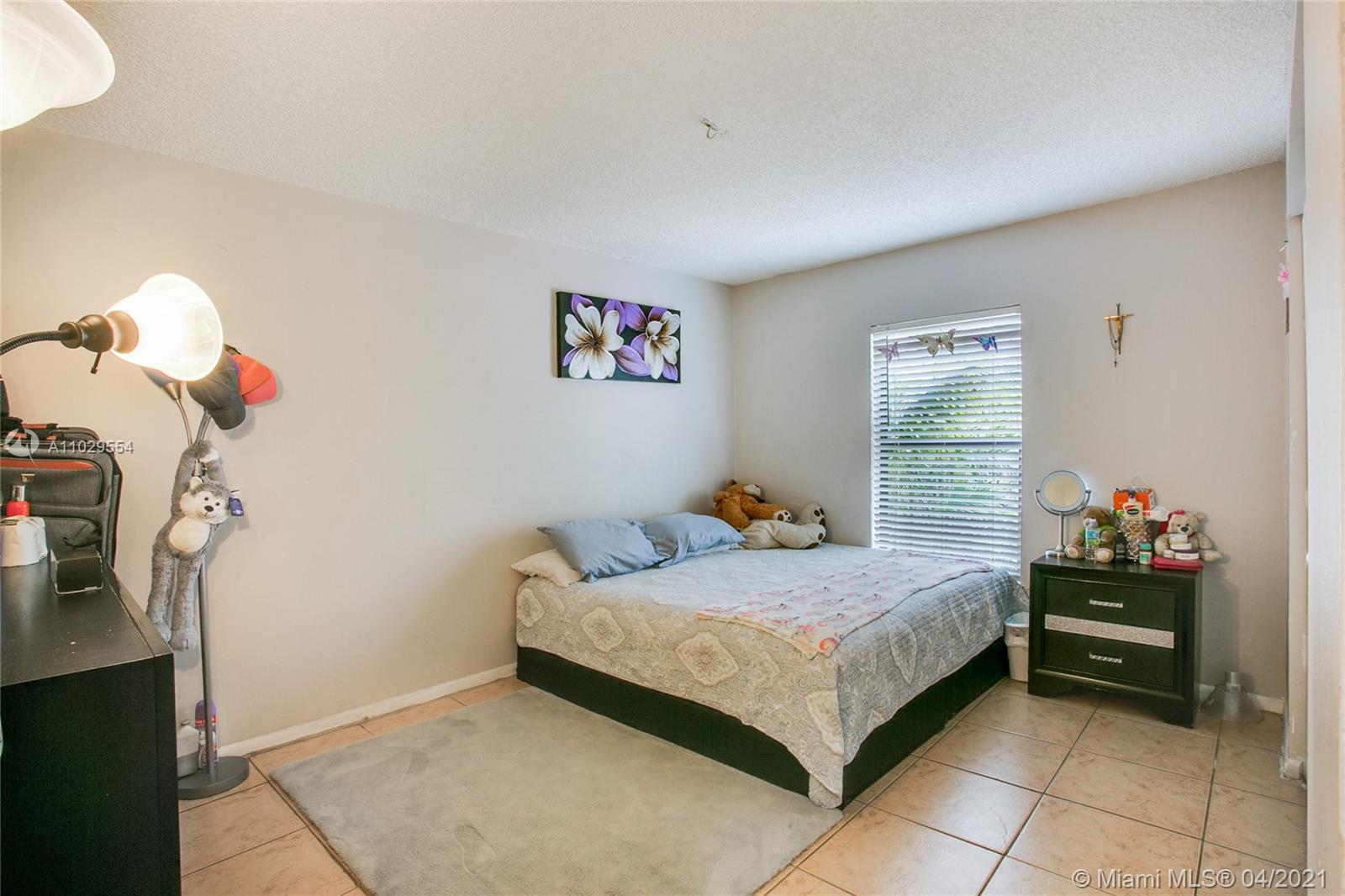 /  4066 sq. ft. $ 2021-04-19 0 Photo