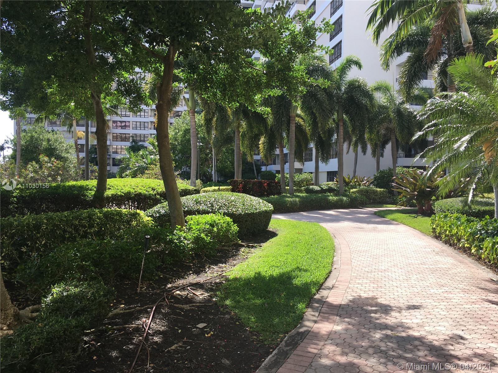 Photo of 2500 Parkview Dr #1108, Hallandale Beach, Florida, 33009 - Gym