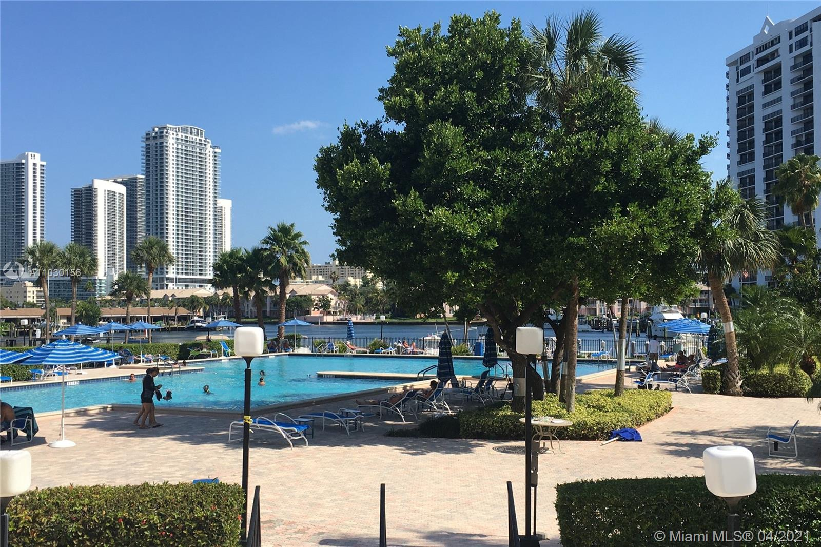 Photo of 2500 Parkview Dr #1108, Hallandale Beach, Florida, 33009 - Pool/Marina