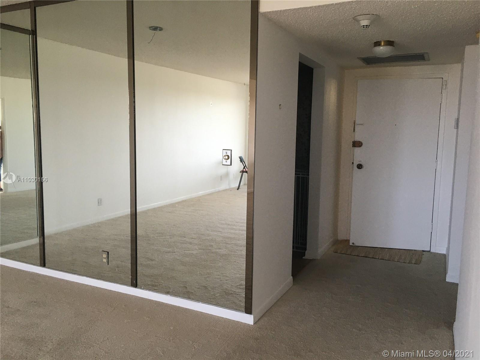 Photo of 2500 Parkview Dr #1108, Hallandale Beach, Florida, 33009 - Living/Dining Room