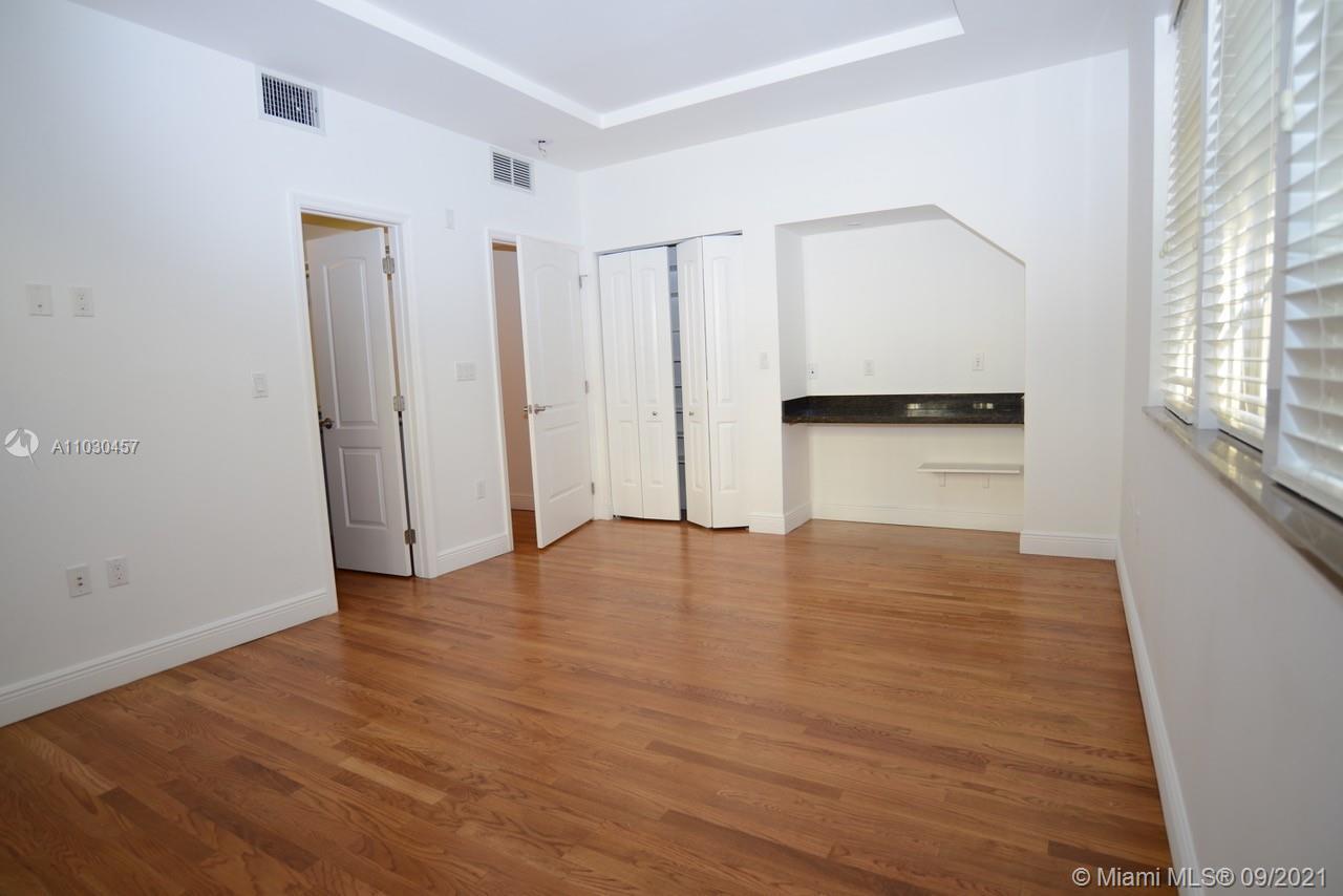 /  5082 sq. ft. $ 2021-04-20 0 Photo