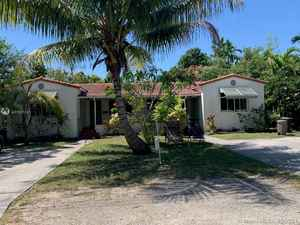 545 000$ - Miami-Dade County,Biscayne Park; 2196 sq. ft.