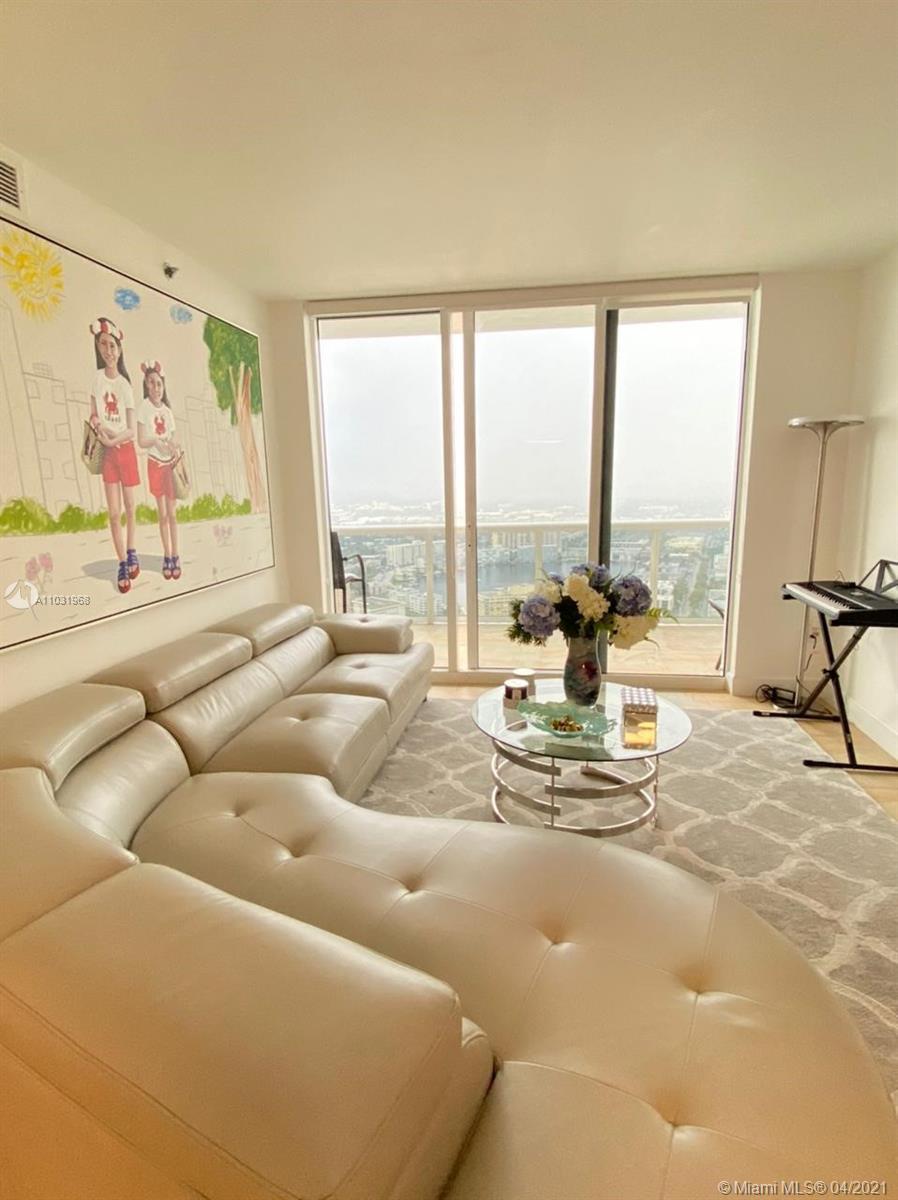 4407 3 / 3 1470 sq. ft. $ 2021-04-22 0 Photo