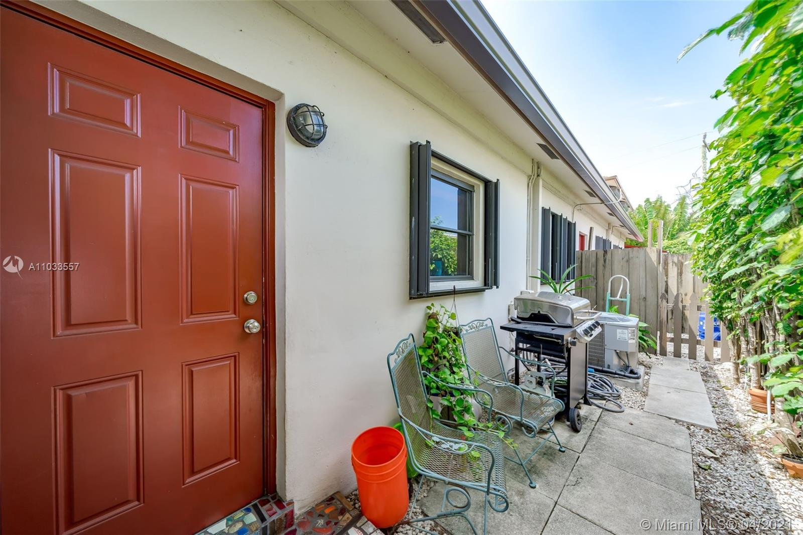/  2787 sq. ft. $ 2021-04-27 0 Photo
