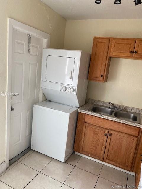 /  2720 sq. ft. $ 2021-04-27 0 Photo