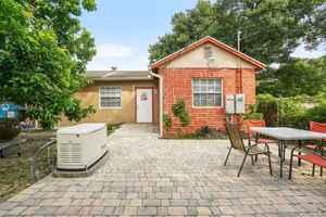 450 000$ - Miami-Dade County,Miami; 1740 sq. ft.
