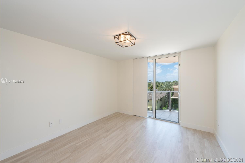 Photo of 8925 Collins Ave #4F, Surfside, Florida, 33154 - Master bathroom.