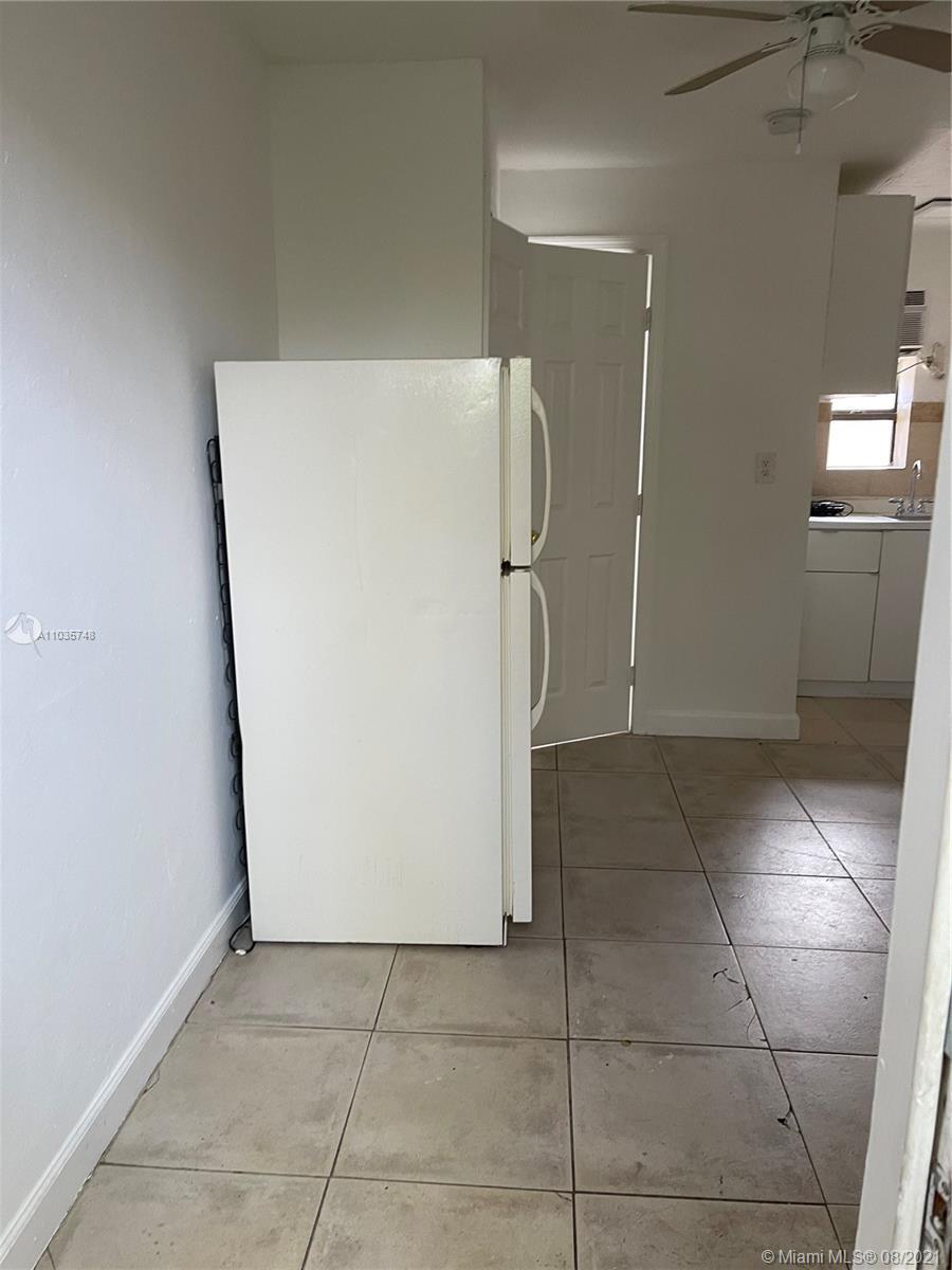 /  3690 sq. ft. $ 2021-05-01 0 Photo