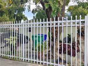 447 000$ - Miami-Dade County,Miami; 2052 sq. ft.