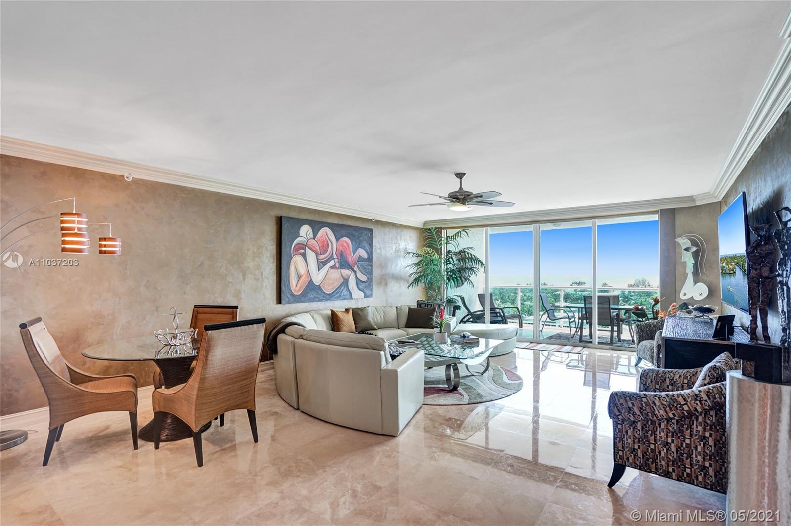 Photo of 20201 Country Club Dr #1006, Aventura, Florida, 33180 - Living room.