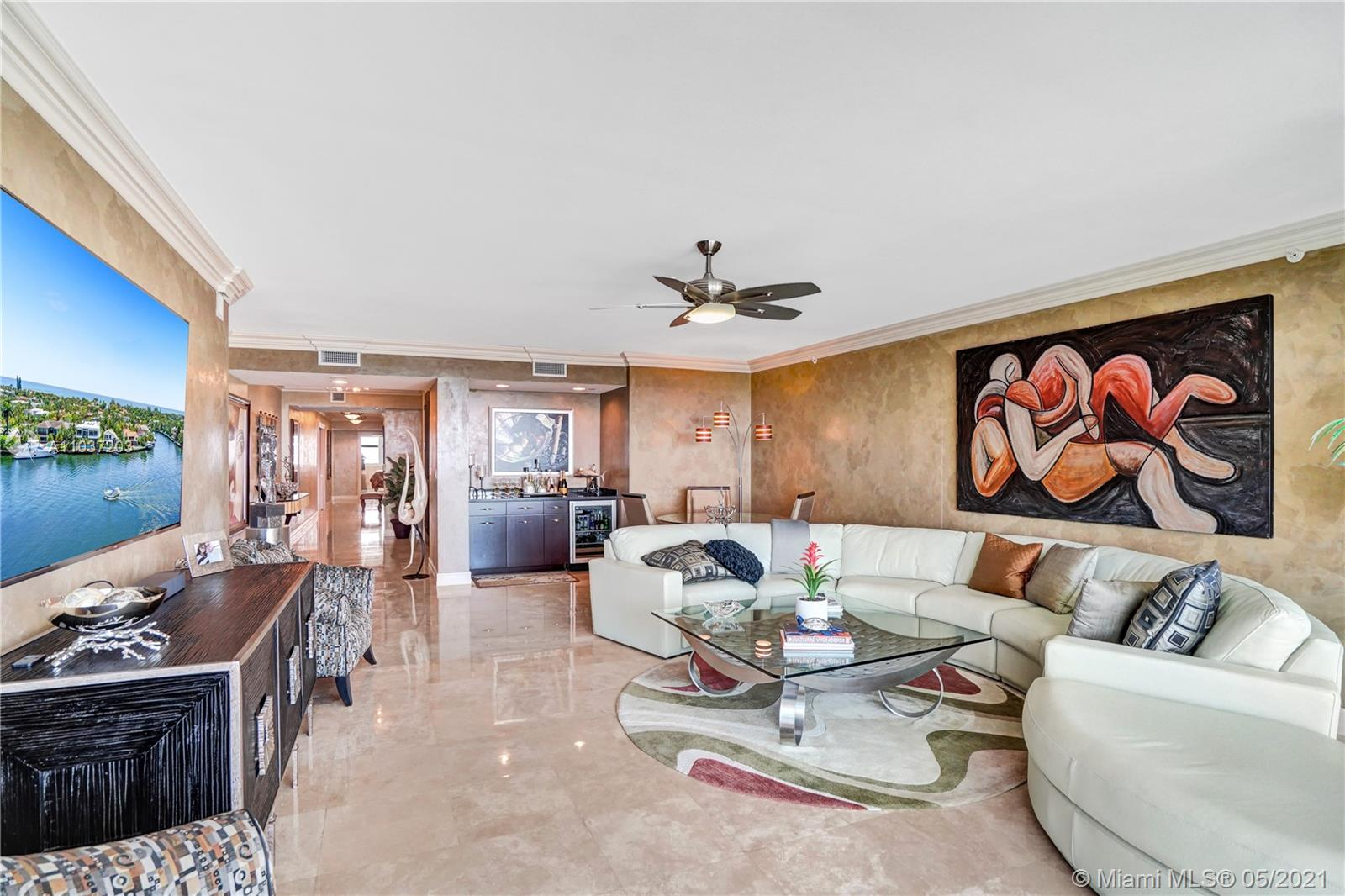 Photo of 20201 Country Club Dr #1006, Aventura, Florida, 33180 - Living room and build-in bar.