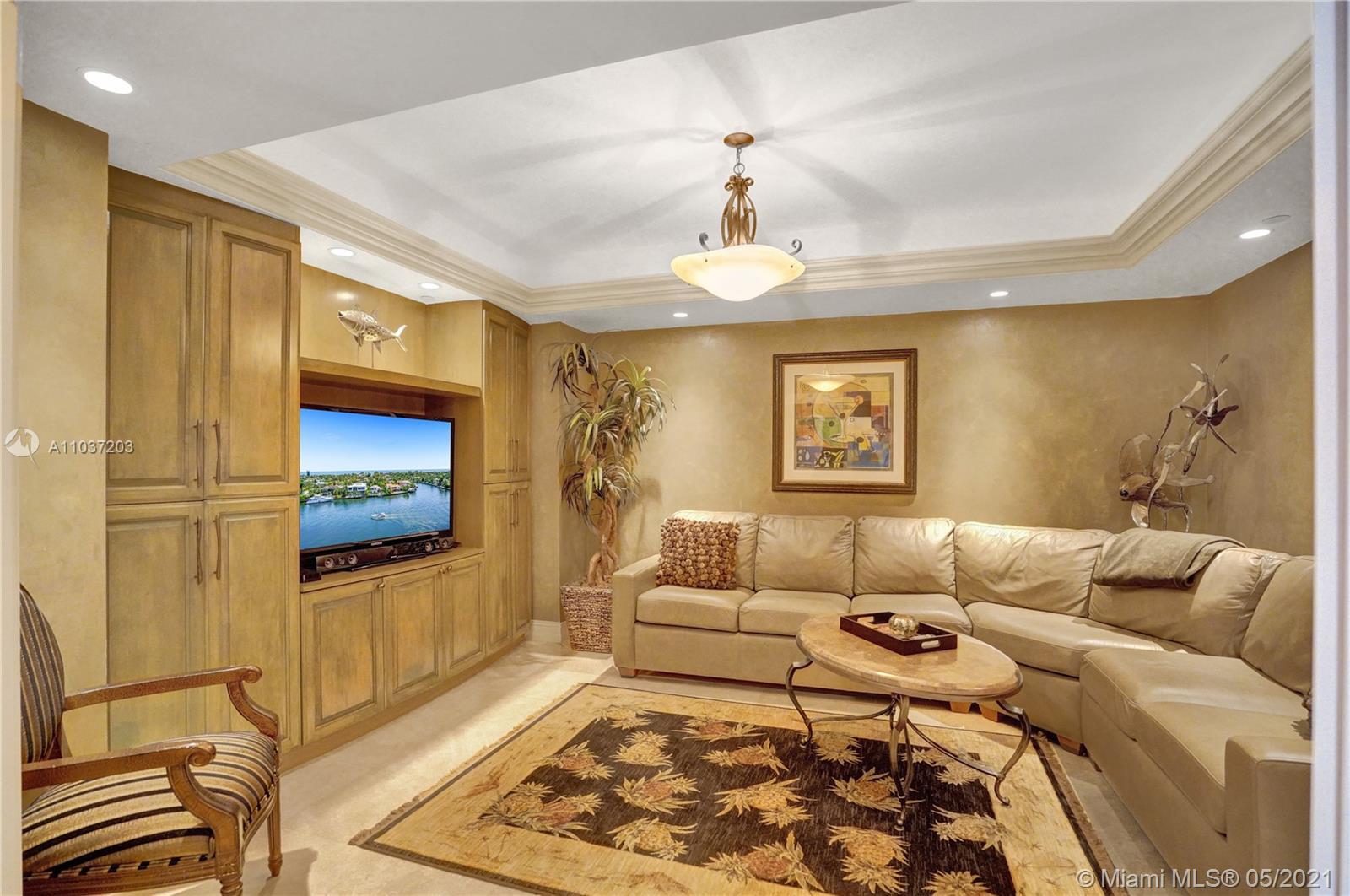 Photo of 20201 Country Club Dr #1006, Aventura, Florida, 33180 - Very spacious living room.
