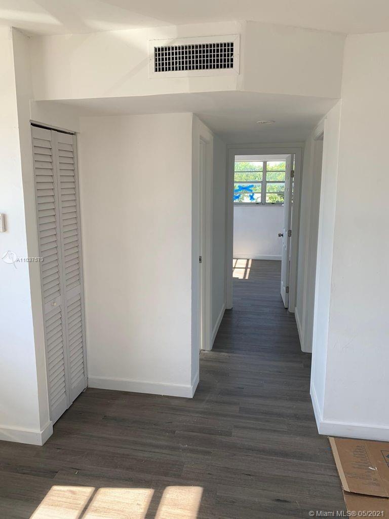 /  3200 sq. ft. $ 2021-05-05 0 Photo