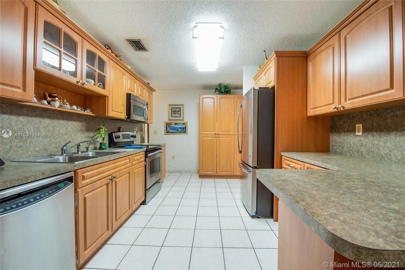 /  3120 sq. ft. $ 2021-05-05 0 Photo