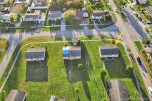 767 000$ - Miami-Dade County,Miami; 27000 sq. ft.
