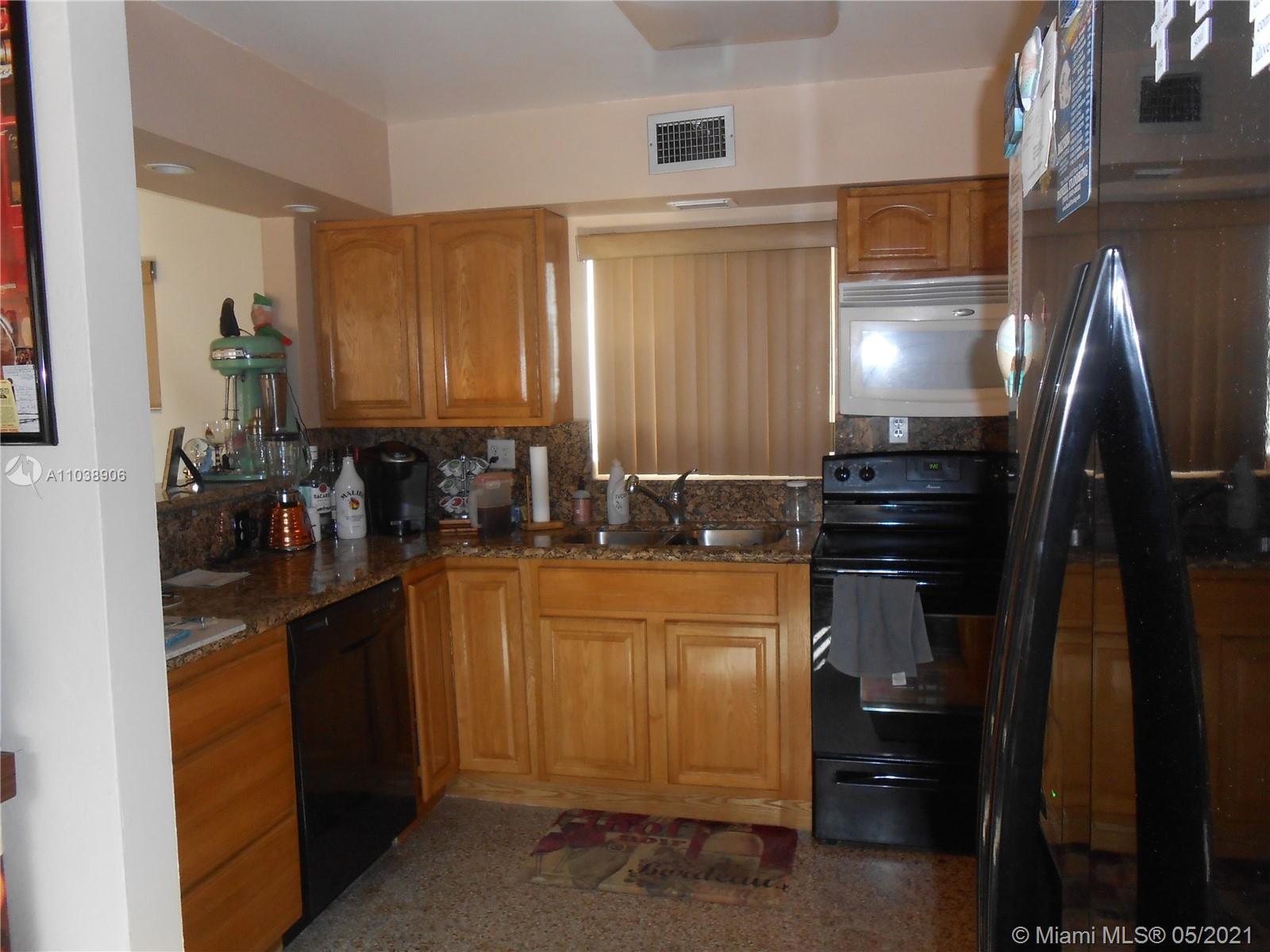 /  2318 sq. ft. $ 2021-05-25 0 Photo