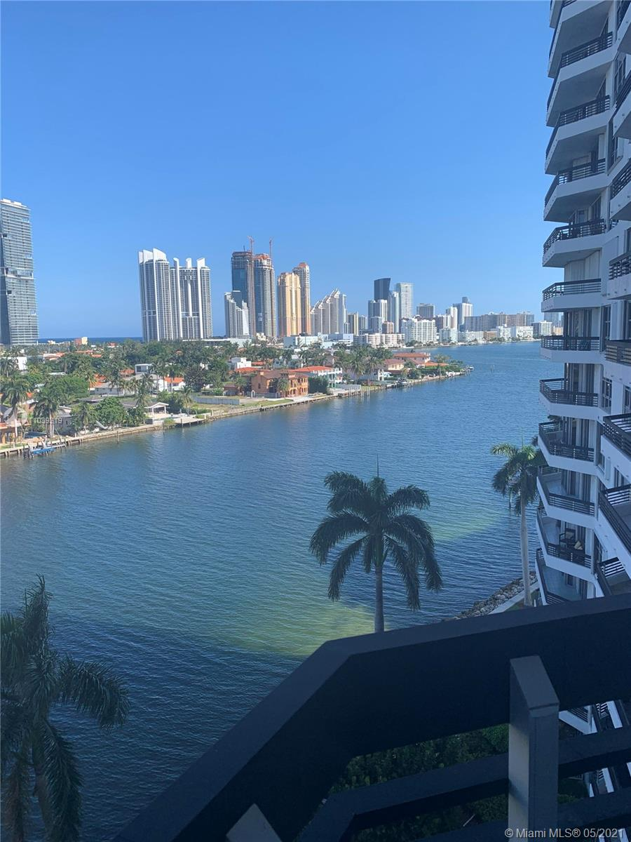Photo of 19195 Mystic Pointe Dr #907, Aventura, Florida, 33180 - High rise right in the middle of Aventura and close to Aventura shopping.