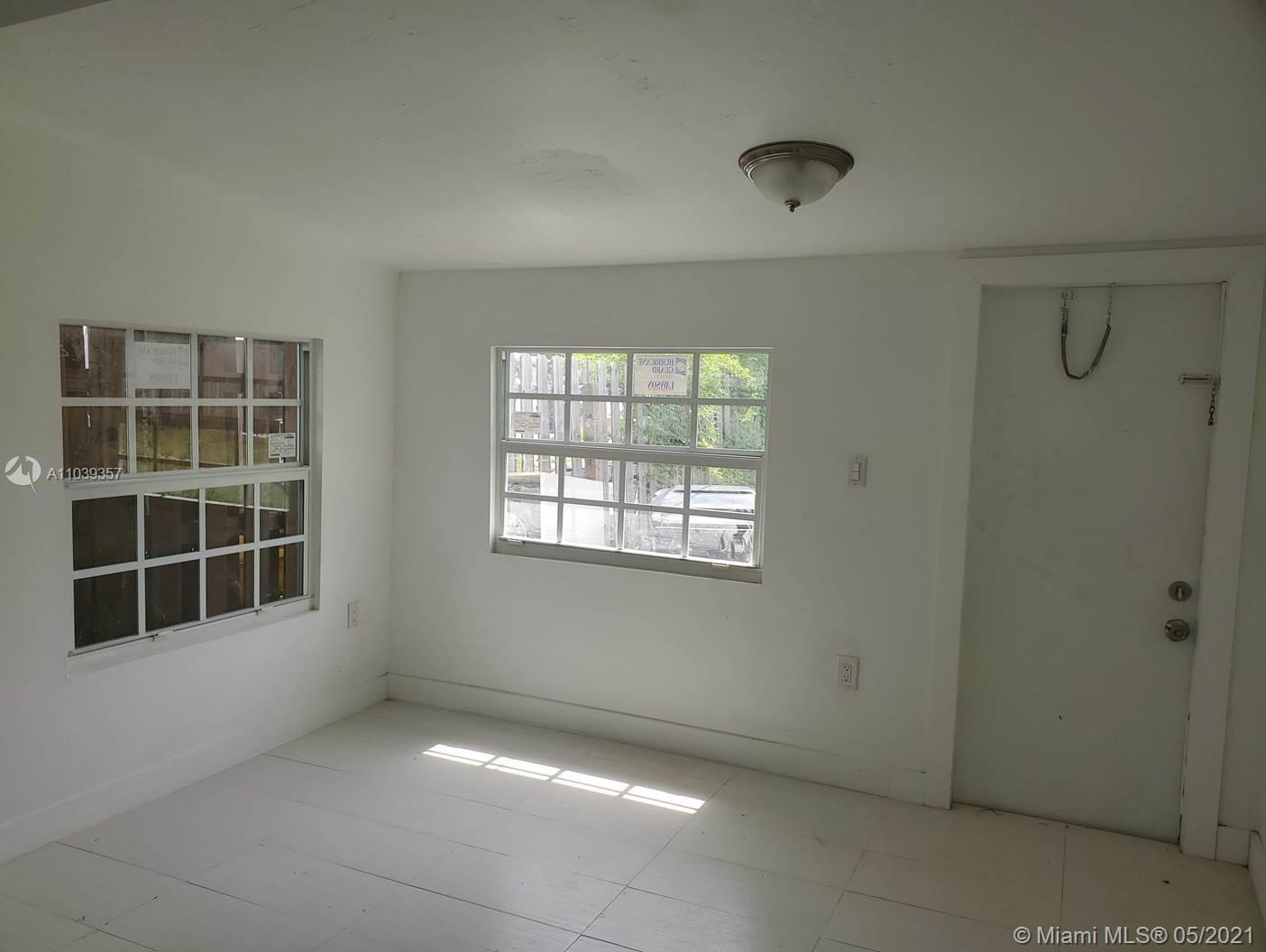 /  1582 sq. ft. $ 2021-05-08 0 Photo