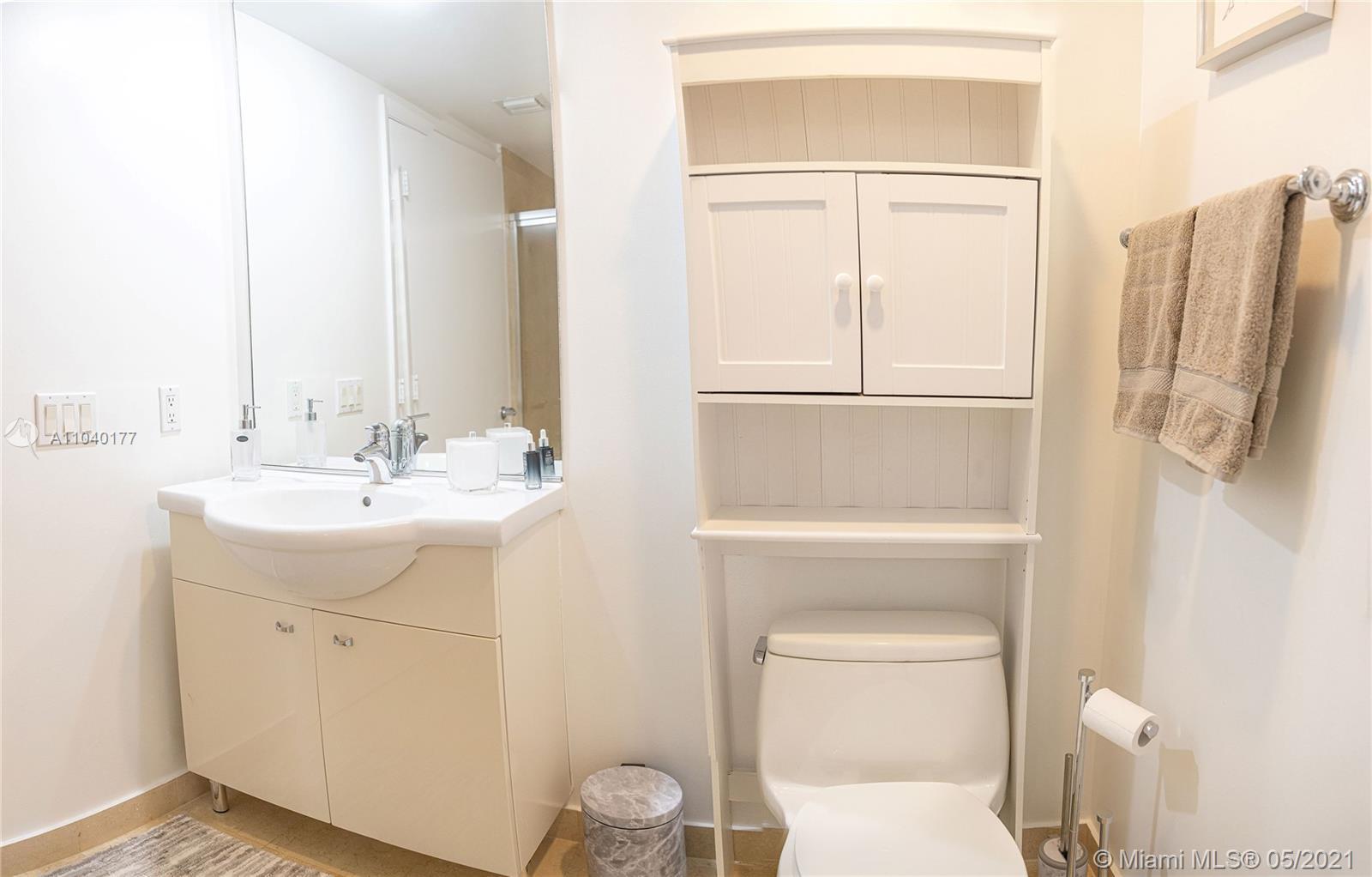 2806 2 / 2 1458 sq. ft. $ 2021-05-10 0 foto