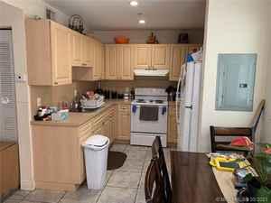 850 000$ - Miami-Dade County,Miami; 5252 sq. ft.