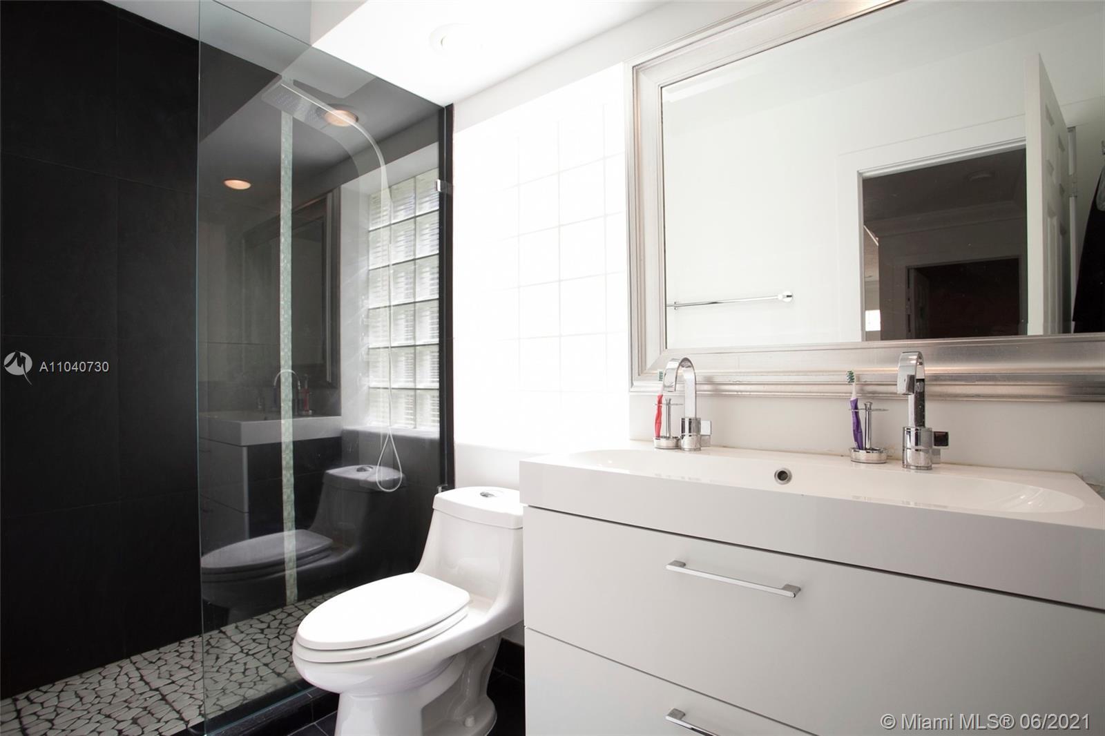 Photo of 20953 30th Ct, Aventura, Florida, 33180 -