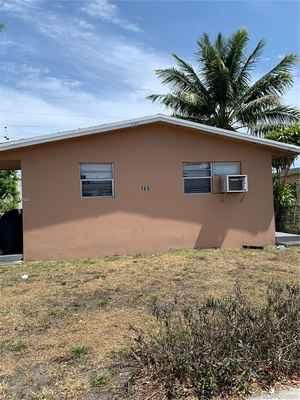 369 999$ - Broward County,Dania Beach; 1266 sq. ft.