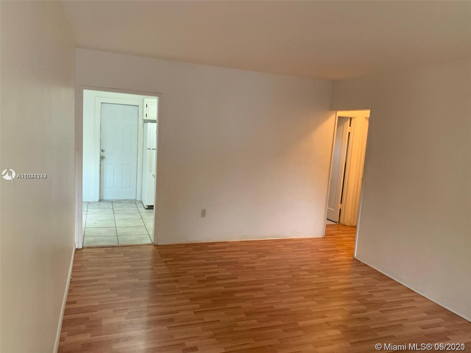 /  1612 sq. ft. $ 2021-05-12 0 Photo
