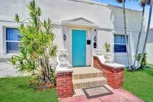 450 000$ - Broward County,Hollywood; 1710 sq. ft.