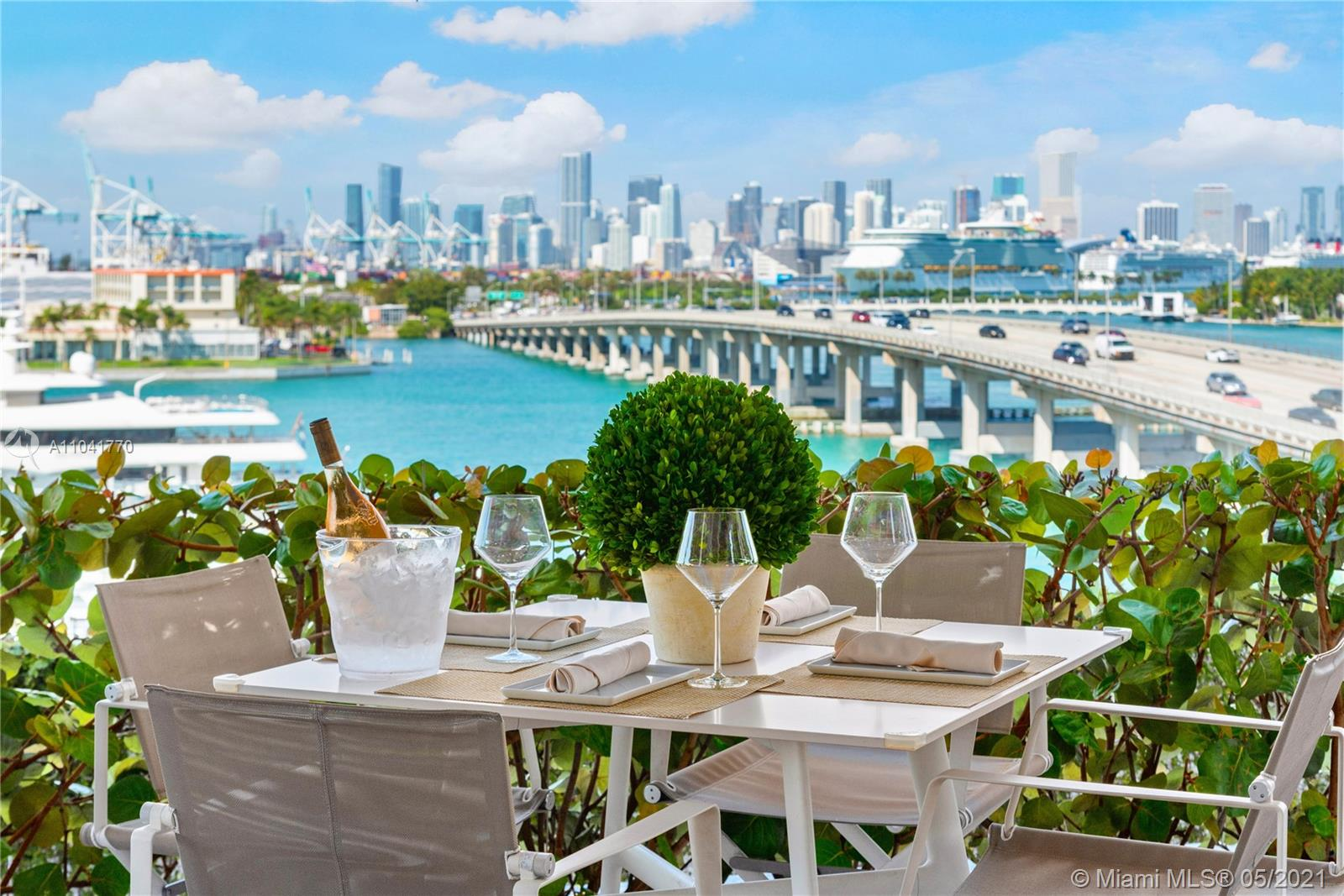 Photo of 450 Alton Rd #1810, Miami Beach, Florida, 33139 -