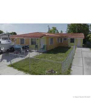 590 000$ - Miami-Dade County,Sweetwater; 2025 sq. ft.