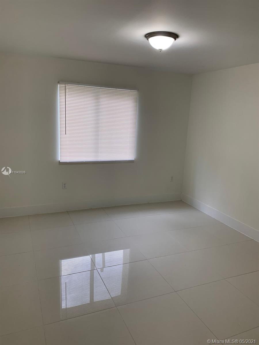 /  2156 sq. ft. $ 2021-05-13 0 Photo