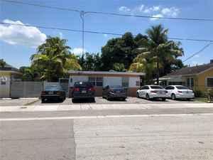 975 000$ - Miami-Dade County,Miami; 2305 sq. ft.