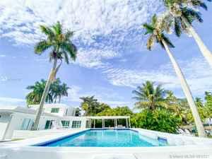 1 500 000$ - Miami-Dade County,Miami; 3085 sq. ft.