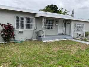 575 000$ - Miami-Dade County,Miami; 3313 sq. ft.
