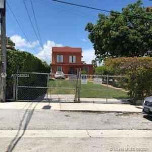 998 000$ - Miami-Dade County,Miami; 1952 sq. ft.