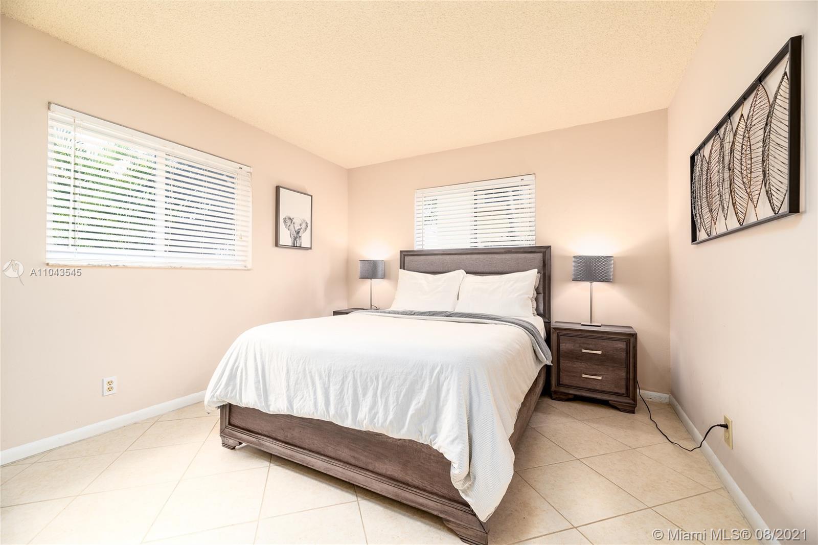 /  2377 sq. ft. $ 2021-05-17 0 Photo