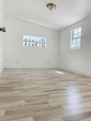 408 000$ - Broward County,Hollywood; 1589 sq. ft.
