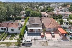 500 000$ - Miami-Dade County,Miami; 2193 sq. ft.