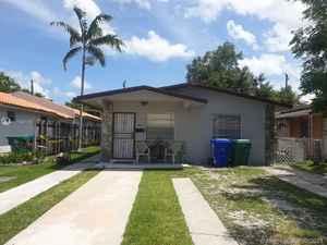 650 000$ - Miami-Dade County,Miami; 1960 sq. ft.