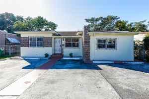 649 500$ - Miami-Dade County,Miami; 2691 sq. ft.