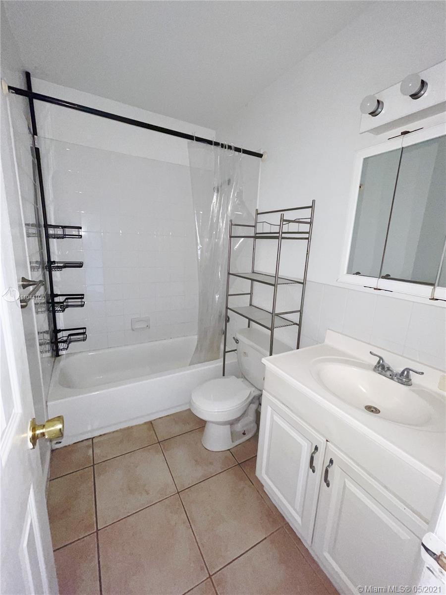 /  2521 sq. ft. $ 2021-05-18 0 Photo