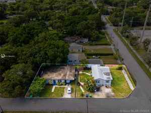 499 900$ - Miami-Dade County,Miami; 2019 sq. ft.