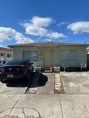 339 000$ - Broward County,Hollywood; 1358 sq. ft.
