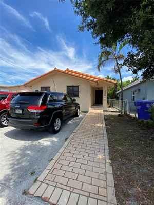 624 000$ - Miami-Dade County,Miami; 2646 sq. ft.