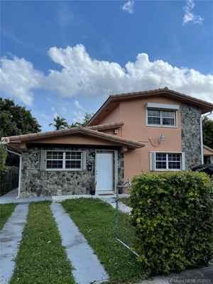 690 000$ - Miami-Dade County,Miami; 2342 sq. ft.