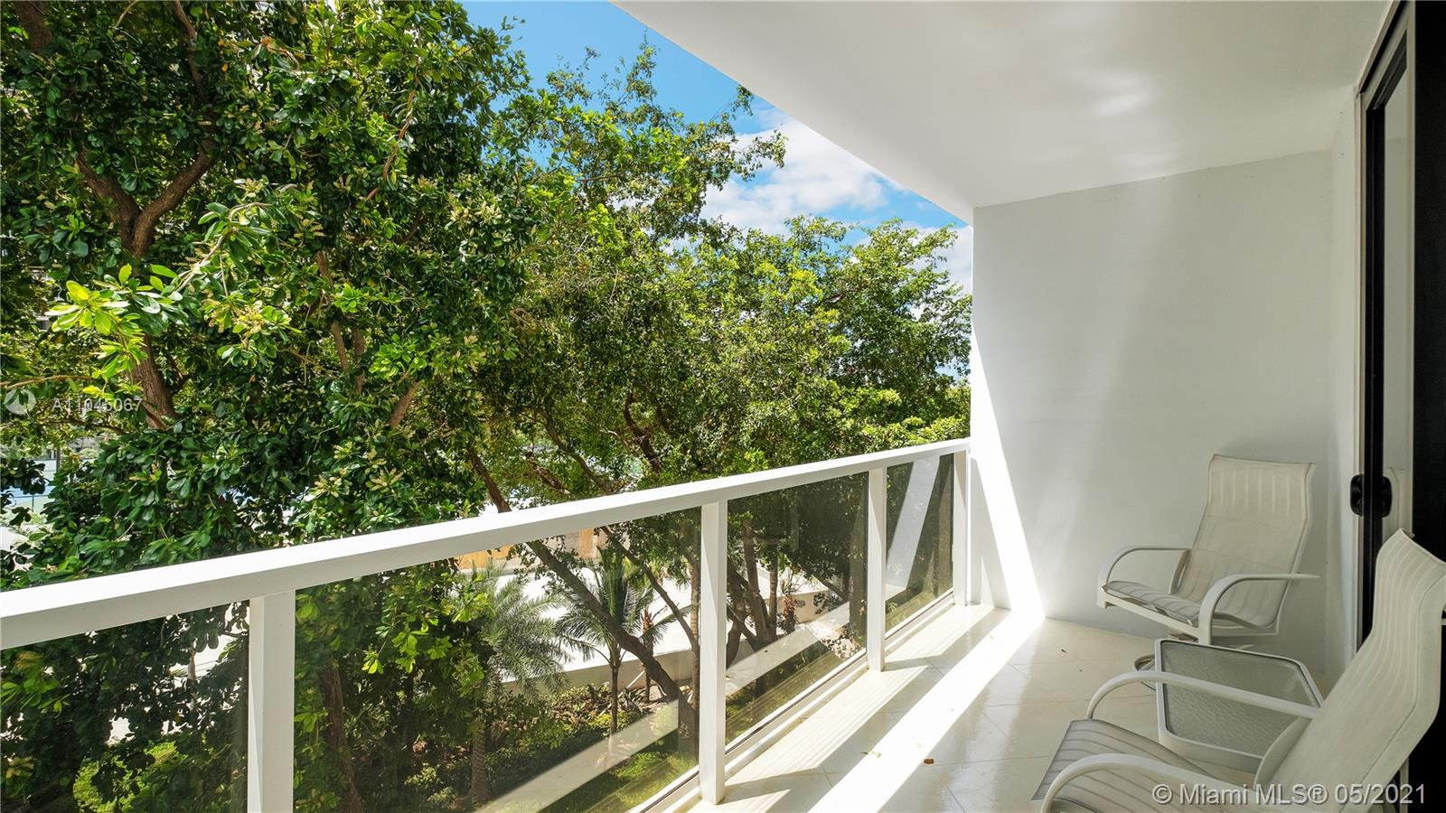 Photo of 20281 Country Club Dr #314, Aventura, Florida, 33180 - Breakfast Nook
