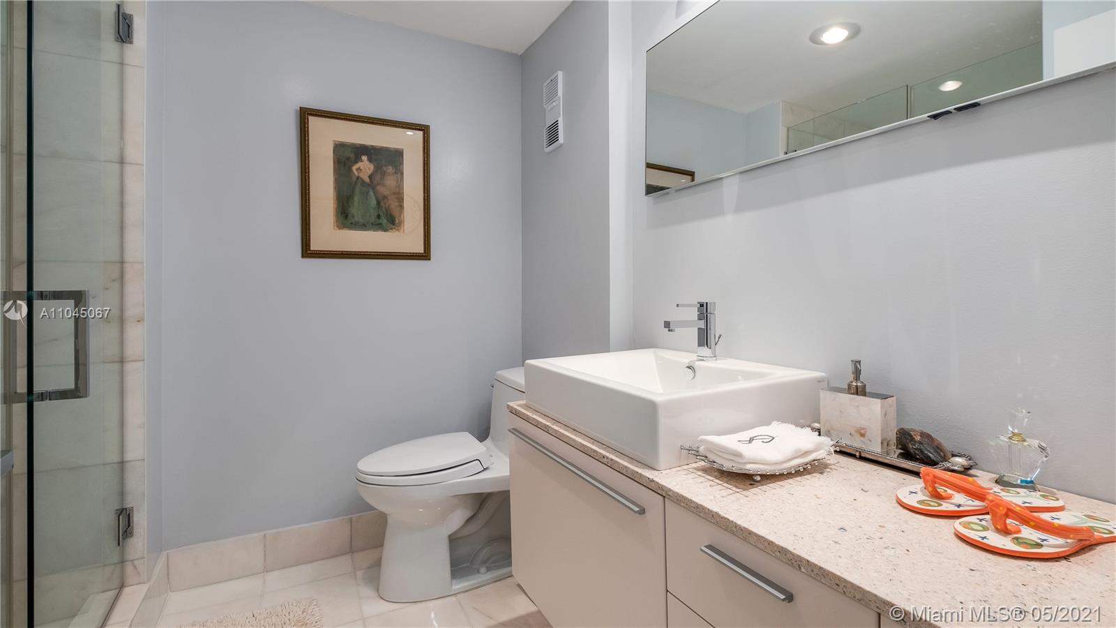 Photo of 20281 Country Club Dr #314, Aventura, Florida, 33180 - Bedroom